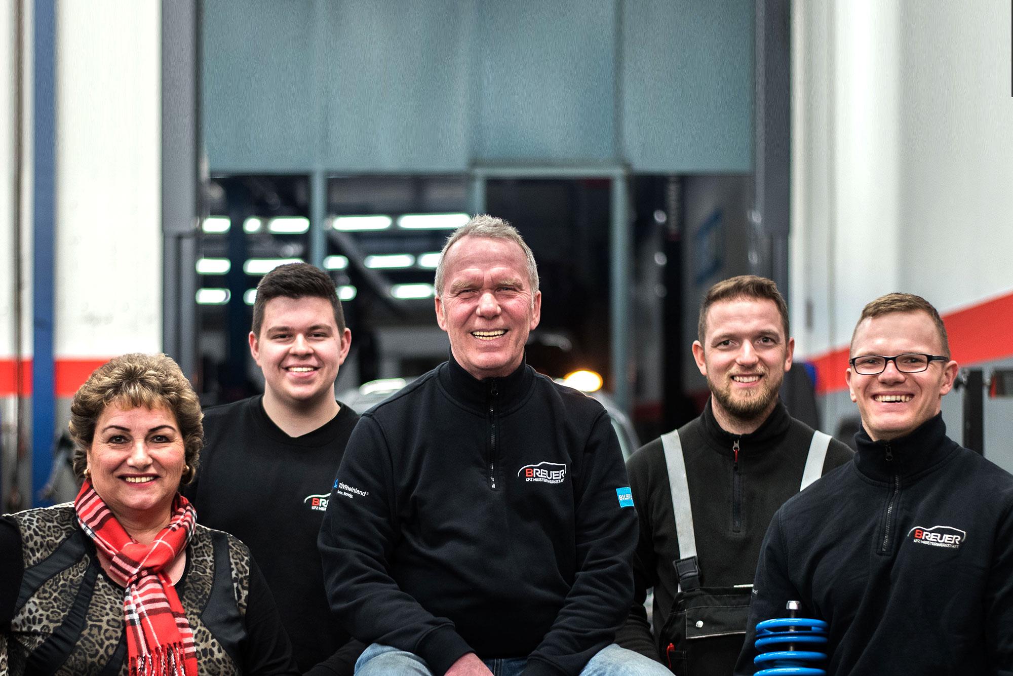 Mitarbeiter der Kfz Werkstatt Breuer